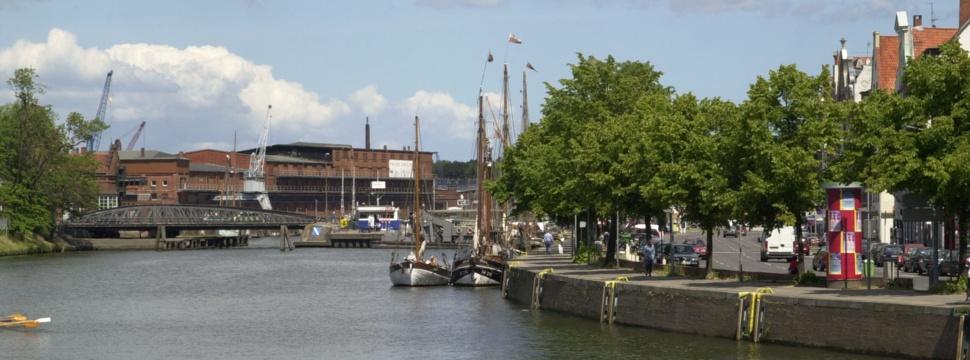 Hafen- und Kanalrundfahrt in Lübeck