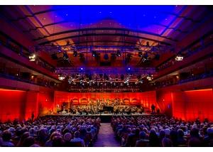 Musik- und Kongresshalle Konzertsaal